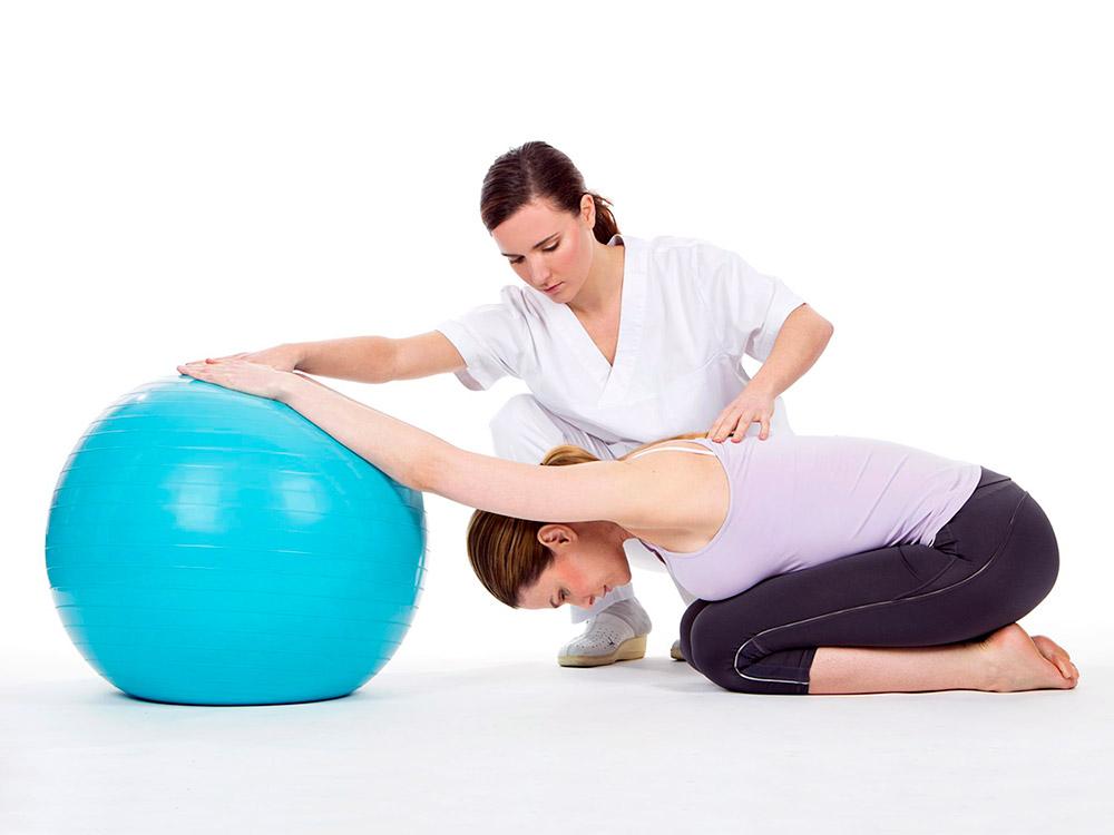 Занятия лечебной физкультурой ЛФК
